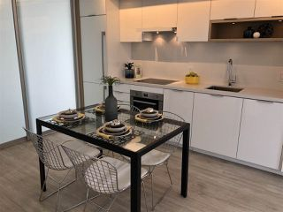 "Photo 8: 908 1661 QUEBEC Street in Vancouver: Mount Pleasant VE Condo for sale in ""Voda"" (Vancouver East)  : MLS®# R2284074"