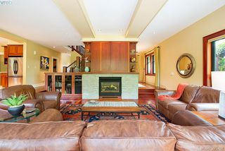 Photo 3: 109 Mills Cove in VICTORIA: VR Six Mile Single Family Detached for sale (View Royal)  : MLS®# 395261