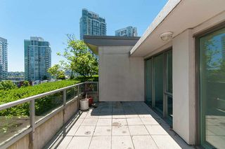 "Photo 8: 802 1018 CAMBIE Street in Vancouver: Yaletown Condo for sale in ""YALETOWN LIMITED EDITION"" (Vancouver West)  : MLS®# R2290923"