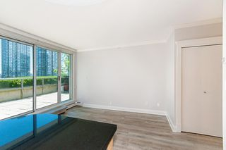 "Photo 6: 802 1018 CAMBIE Street in Vancouver: Yaletown Condo for sale in ""YALETOWN LIMITED EDITION"" (Vancouver West)  : MLS®# R2290923"