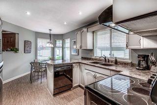 "Photo 9: 2 11485 227 Street in Maple Ridge: East Central Townhouse for sale in ""Poolside Villas"" : MLS®# R2295824"
