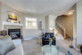 Photo 3: 86 INGLEWOOD Grove SE in Calgary: Inglewood Row/Townhouse for sale : MLS®# C4199436