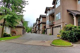 """Photo 15: 17 2951 PANORAMA Drive in Coquitlam: Westwood Plateau Townhouse for sale in """"STONE GATE ESTATES"""" : MLS®# R2308883"""