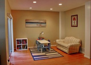 """Photo 3: 17 2951 PANORAMA Drive in Coquitlam: Westwood Plateau Townhouse for sale in """"STONE GATE ESTATES"""" : MLS®# R2308883"""