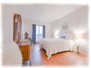 """Photo 9: 309 8500 GENERAL CURRIE Road in Richmond: Brighouse South Condo for sale in """"QUEENS GATE"""" : MLS®# R2331047"""