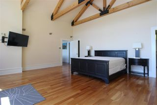 Photo 13: 1887 LOWER Road: Roberts Creek House for sale (Sunshine Coast)  : MLS®# R2336578