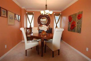 Photo 7: 720 Butterworth Drive in Edmonton: Zone 14 House for sale : MLS®# E4144106