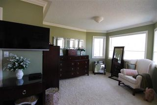 Photo 15: 720 Butterworth Drive in Edmonton: Zone 14 House for sale : MLS®# E4144106