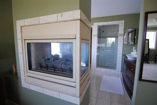 Photo 16: 720 Butterworth Drive in Edmonton: Zone 14 House for sale : MLS®# E4144106