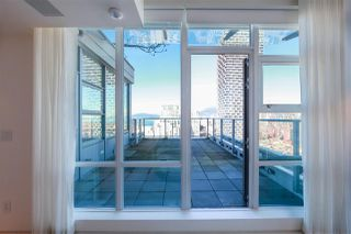 "Photo 18: 2702 638 BEACH Crescent in Vancouver: Yaletown Condo for sale in ""THE ICON 1"" (Vancouver West)  : MLS®# R2345458"