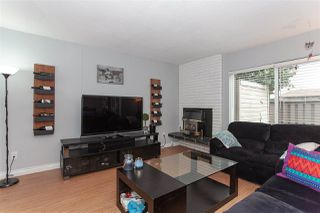 """Photo 3: 57 5850 177B Street in Surrey: Cloverdale BC Townhouse for sale in """"Dogwood Gardens"""" (Cloverdale)  : MLS®# R2350159"""