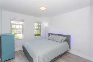 """Photo 17: 3427 ROSEMARY HEIGHTS Drive in Surrey: Morgan Creek House for sale in """"Solo"""" (South Surrey White Rock)  : MLS®# R2351985"""