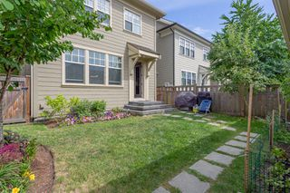 """Photo 18: 3427 ROSEMARY HEIGHTS Drive in Surrey: Morgan Creek House for sale in """"Solo"""" (South Surrey White Rock)  : MLS®# R2351985"""