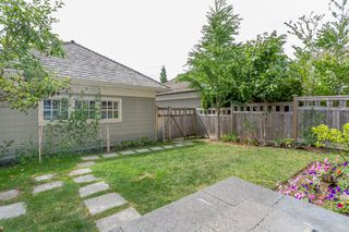 """Photo 20: 3427 ROSEMARY HEIGHTS Drive in Surrey: Morgan Creek House for sale in """"Solo"""" (South Surrey White Rock)  : MLS®# R2351985"""