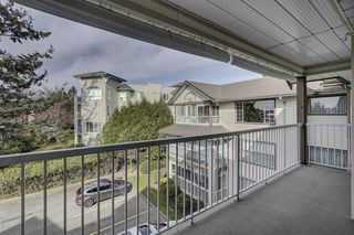 "Photo 9: 306 32145 OLD YALE Road in Abbotsford: Abbotsford West Condo for sale in ""CYPRESS PARK"" : MLS®# R2351465"