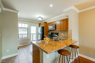"Photo 10: 22 6238 192 Street in Surrey: Cloverdale BC Townhouse for sale in ""Bakerview Terrace"" (Cloverdale)  : MLS®# R2351464"