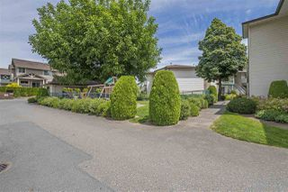 """Photo 19: 17 45640 STOREY Avenue in Sardis: Sardis West Vedder Rd Townhouse for sale in """"Whispering Pines"""" : MLS®# R2353879"""