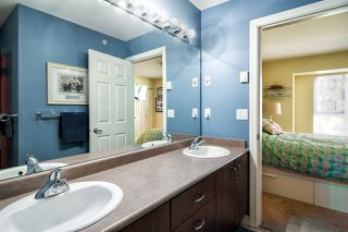 """Photo 14: 19 8968 208 Street in Langley: Walnut Grove Townhouse for sale in """"Cambridge Court"""" : MLS®# R2359676"""