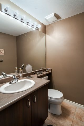 """Photo 6: 19 8968 208 Street in Langley: Walnut Grove Townhouse for sale in """"Cambridge Court"""" : MLS®# R2359676"""