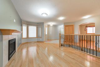 Photo 3: 22 HEWITT Circle: Spruce Grove House for sale : MLS®# E4152839