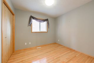 Photo 18: 22 HEWITT Circle: Spruce Grove House for sale : MLS®# E4152839