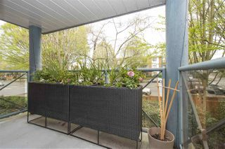 """Photo 14: 305 2388 TRIUMPH Street in Vancouver: Hastings Condo for sale in """"ROYAL ALEXANDRA"""" (Vancouver East)  : MLS®# R2361468"""