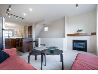 "Photo 10: 33 21661 88 Avenue in Langley: Walnut Grove Townhouse for sale in ""Monterra"" : MLS®# R2363574"