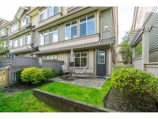 "Photo 2: 33 21661 88 Avenue in Langley: Walnut Grove Townhouse for sale in ""Monterra"" : MLS®# R2363574"