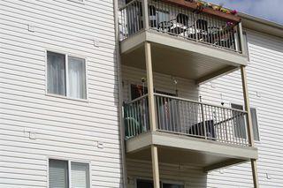Photo 2: 301 4703 43 Avenue: Stony Plain Condo for sale : MLS®# E4154395
