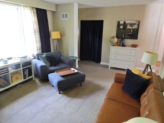 Photo 9: 422 Cabana Place in Winnipeg: House for sale : MLS®# 1816430