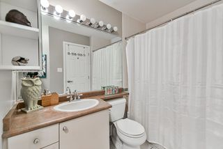 "Photo 12: 12 232 TENTH Street in New Westminster: Uptown NW Townhouse for sale in ""Cobblestone Walk"" : MLS®# R2369049"