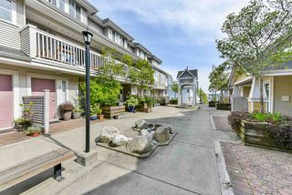 "Photo 17: 12 232 TENTH Street in New Westminster: Uptown NW Townhouse for sale in ""Cobblestone Walk"" : MLS®# R2369049"