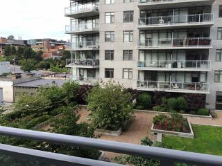 "Photo 5: 1005 892 CARNARVON Street in New Westminster: Downtown NW Condo for sale in ""AZURE 2"" : MLS®# R2372507"
