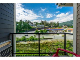 "Photo 18: 410 2242 WHATCOM Road in Abbotsford: Abbotsford East Condo for sale in ""~The Waterleaf~"" : MLS®# R2372629"