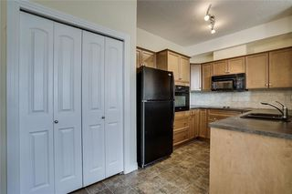 Photo 3: 451 26 VAL GARDENA View SW in Calgary: Springbank Hill Apartment for sale : MLS®# C4248066