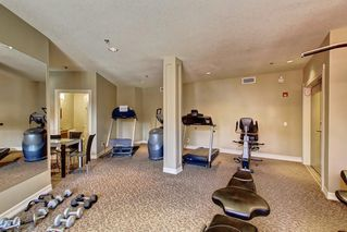 Photo 25: 451 26 VAL GARDENA View SW in Calgary: Springbank Hill Apartment for sale : MLS®# C4248066