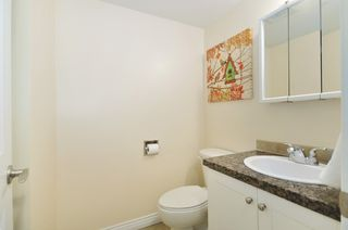 Photo 11: 202 1750 West 10th Ave in Regency House: Home for sale : MLS®# V992891