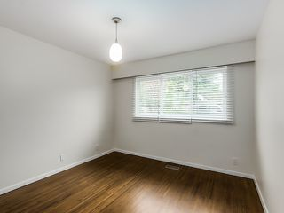 Photo 15: 68 Mott Crescent in New Westminster: Home for sale : MLS®# R2002099