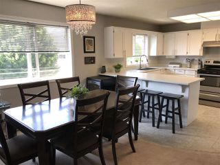 """Photo 3: 305 9006 EDWARD Street in Chilliwack: Chilliwack W Young-Well Condo for sale in """"Edward Place"""" : MLS®# R2378706"""