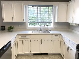 """Photo 4: 305 9006 EDWARD Street in Chilliwack: Chilliwack W Young-Well Condo for sale in """"Edward Place"""" : MLS®# R2378706"""
