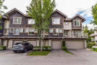 """Photo 2: 2 20761 DUNCAN Way in Langley: Langley City Townhouse for sale in """"WYNDHAM LANE"""" : MLS®# R2379192"""