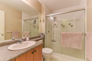 """Photo 16: 2 20761 DUNCAN Way in Langley: Langley City Townhouse for sale in """"WYNDHAM LANE"""" : MLS®# R2379192"""