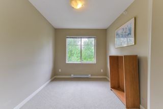 """Photo 13: 2 20761 DUNCAN Way in Langley: Langley City Townhouse for sale in """"WYNDHAM LANE"""" : MLS®# R2379192"""