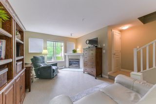 """Photo 5: 2 20761 DUNCAN Way in Langley: Langley City Townhouse for sale in """"WYNDHAM LANE"""" : MLS®# R2379192"""