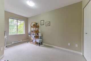 """Photo 12: 2 20761 DUNCAN Way in Langley: Langley City Townhouse for sale in """"WYNDHAM LANE"""" : MLS®# R2379192"""