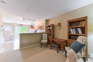 """Photo 7: 2 20761 DUNCAN Way in Langley: Langley City Townhouse for sale in """"WYNDHAM LANE"""" : MLS®# R2379192"""