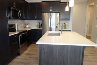Photo 10: 2807 200 Street in Edmonton: Zone 57 House for sale : MLS®# E4161358