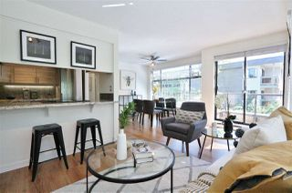 Photo 4: 304 1702 CHESTERFIELD Avenue in North Vancouver: Central Lonsdale Condo for sale : MLS®# R2382926
