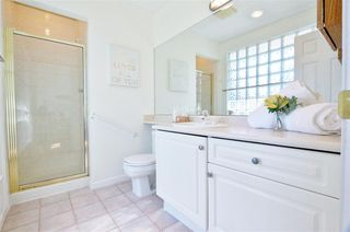 Photo 17: 304 1702 CHESTERFIELD Avenue in North Vancouver: Central Lonsdale Condo for sale : MLS®# R2382926