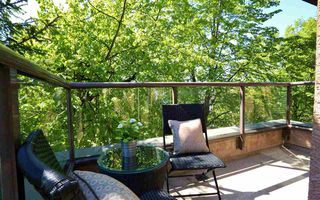Photo 20: 304 1702 CHESTERFIELD Avenue in North Vancouver: Central Lonsdale Condo for sale : MLS®# R2382926